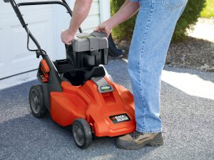 Black & Decker CM1936 Cordless Mower Review