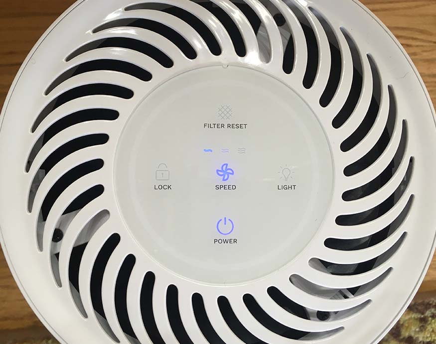 control panel of h0melabs purely awesome true hepa filter air purifier