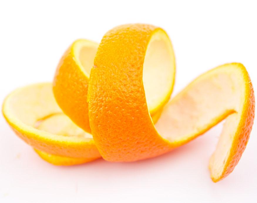orange peel for making a DIY fire starter