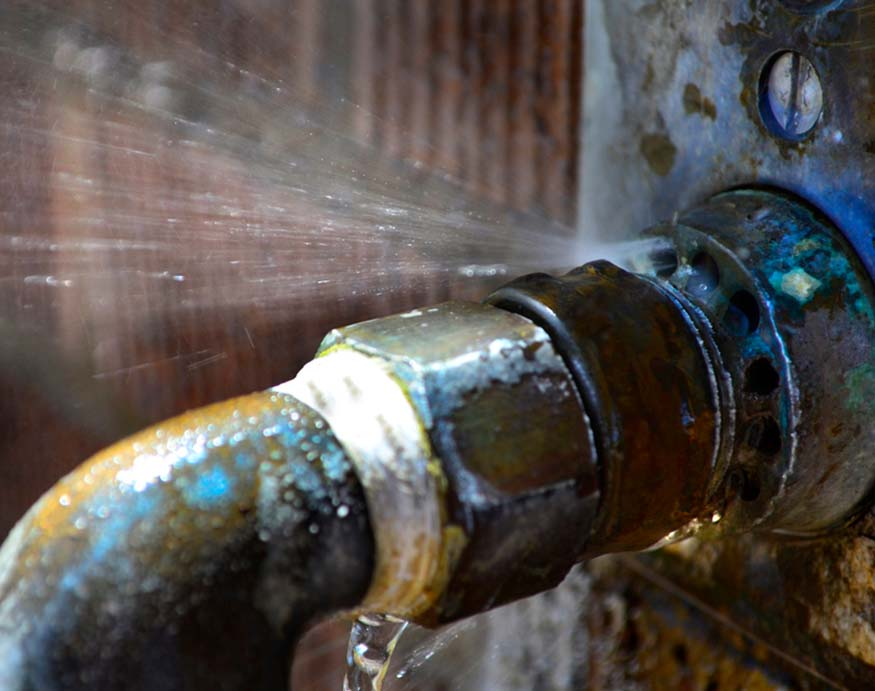 close picture of a leaky pipe