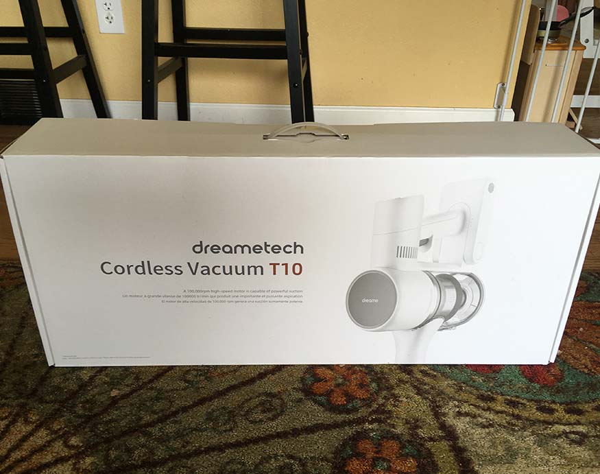 packaging of the DreameTech T10